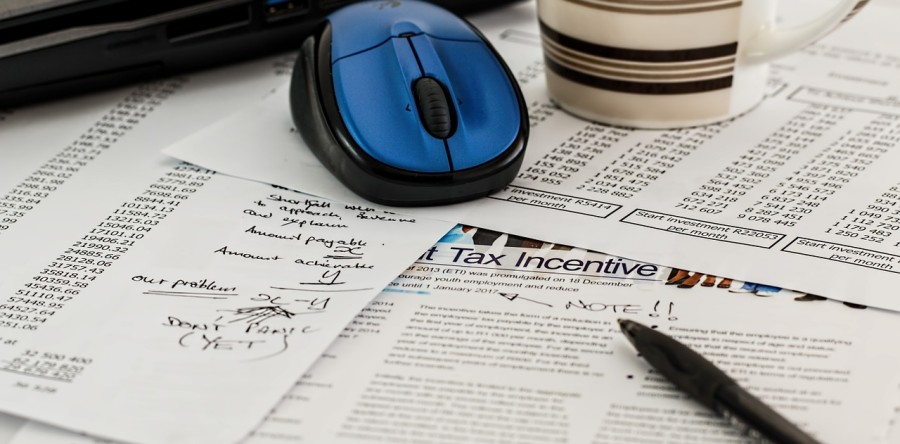 Tax Tips for Real Estate Pros (+ Apps to Help You Keep Good Records)